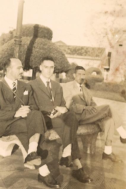 Oracy Nogueira (no centro) em Itapetininga. 1948